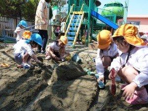 砂場あそび
